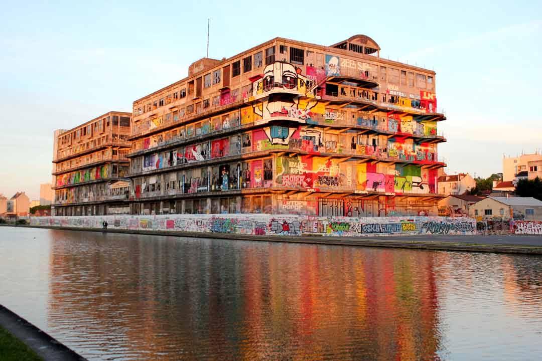 image marin d'eau douce street art