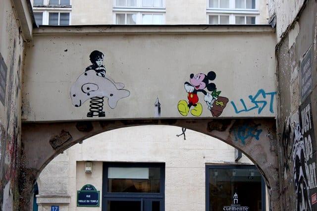 image paris le marais huitième street art
