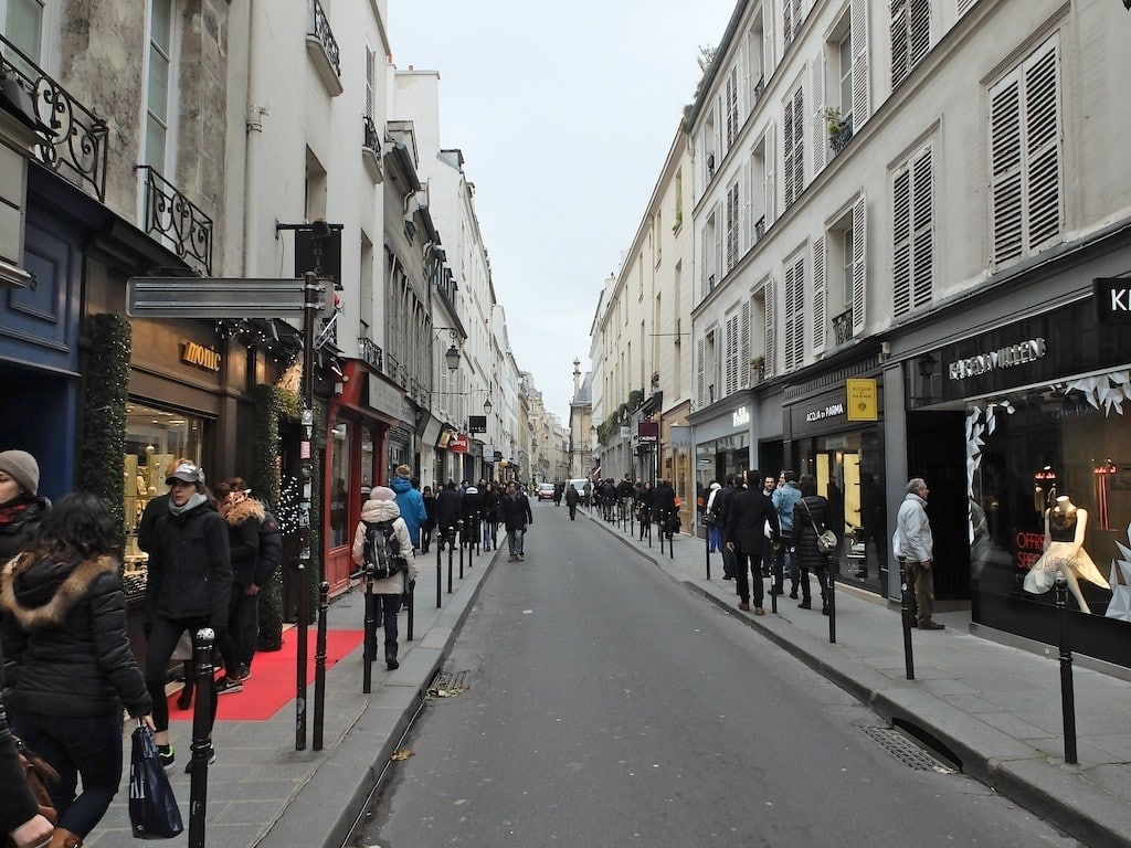 image paris-marais-francs bourgeois street art