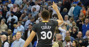 image-curry-top-10-best-plays-saison-2015-2016
