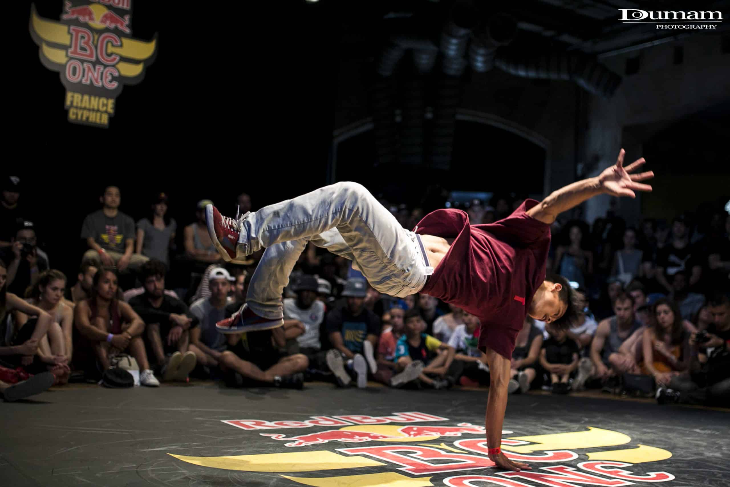 image bboy willy winner redbull bc one cypher france 2016 doumam
