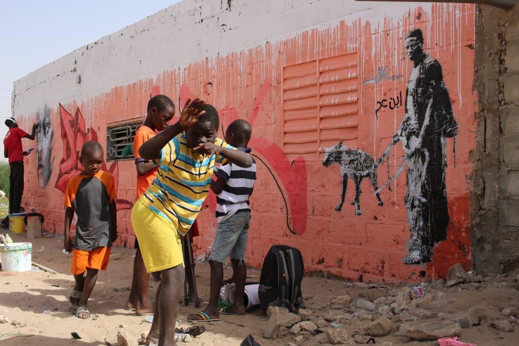 image jinks kunst graff mur rouge