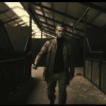 """Deen Burbigo se montre en parrain dans le clip de """"Là Gamin"""""""