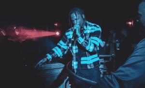 image Travis Scott article joue Goosebumps 15 fois