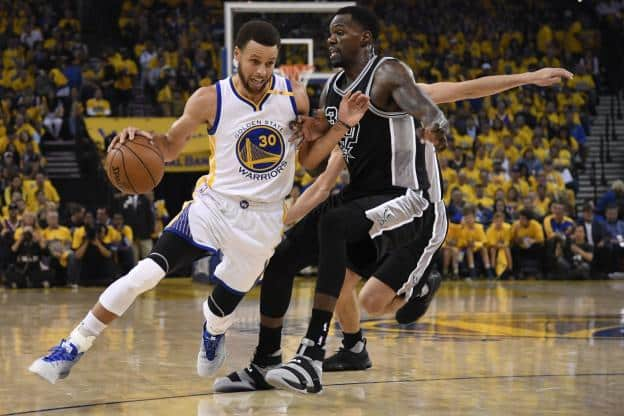 image golden state vs san antonio game 2 2017