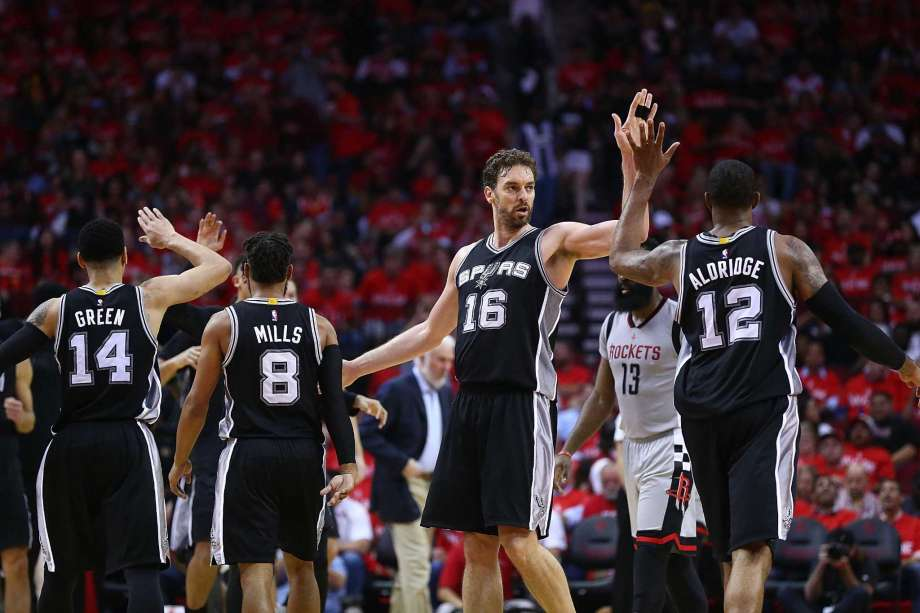 image san antonio vs houston game 6 2017