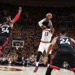 Houston atomise les Spurs, Cleveland en patron !