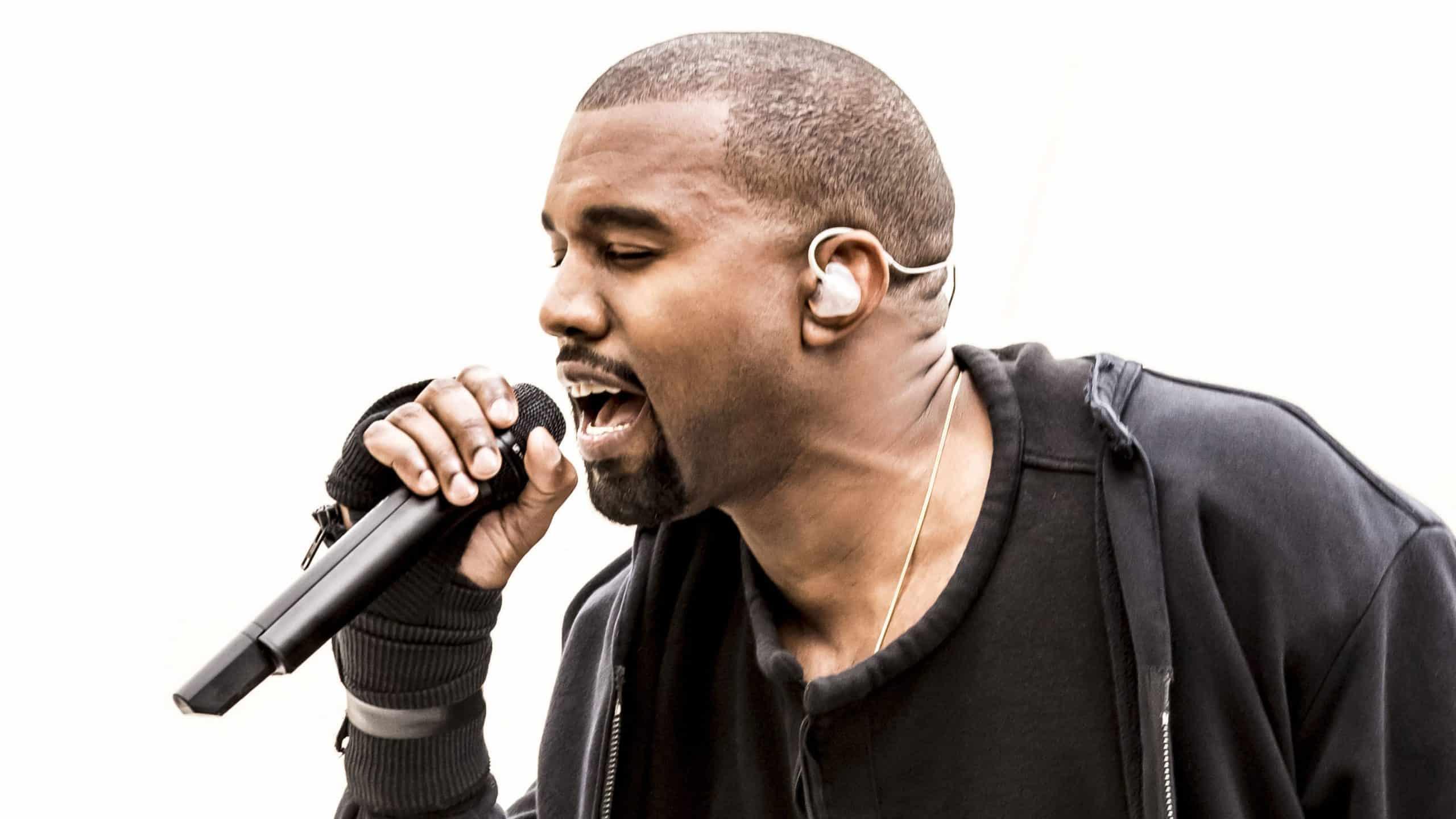 image Kanye West article leak sonsHold Tight et Euro