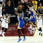 Kevin Durant clutch pour abattre les Cavs du duo James-Irving (77pts)