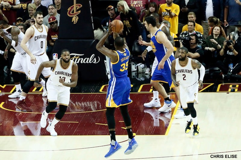 image kevin durant game 3 finals nba 2017