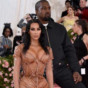 Image Kanye West gala 2019`
