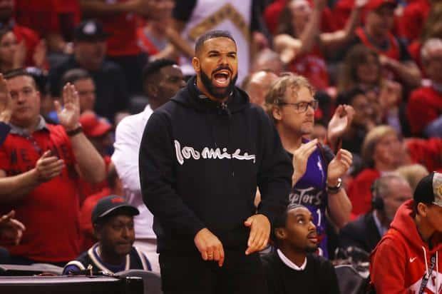 image drake toronto raptors wear tupac hoodie