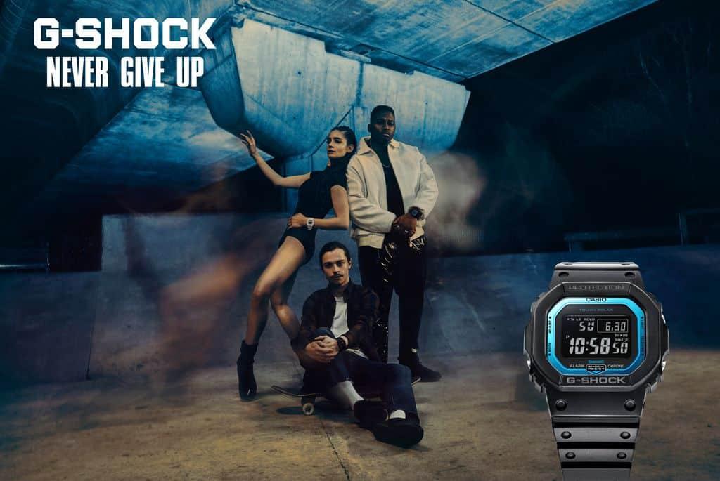 image g shock montre affiche
