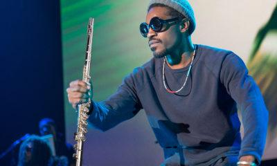 image Andre 3000 a été vu en train de jouer de la flûte partout à Philadelphie.