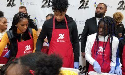 Pour Thanksgiving, 21 Savage distribue 300 repas à des familles en Géorgie