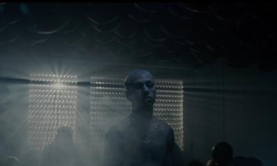 """Larry dans nouveau clip """"Question réponse"""" 2020"""