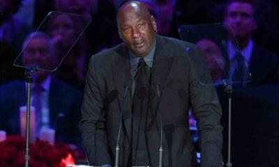 Michael Jordan fait un discours pour Kobe Bryant