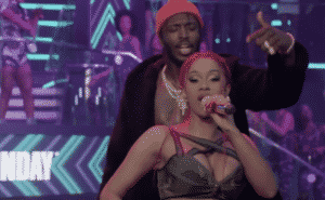 Cardi B crée le buzz avec un show dingue aux BET Hip Hop Awards !