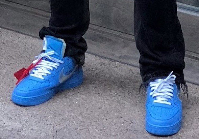 air force 1 off white blue on feet